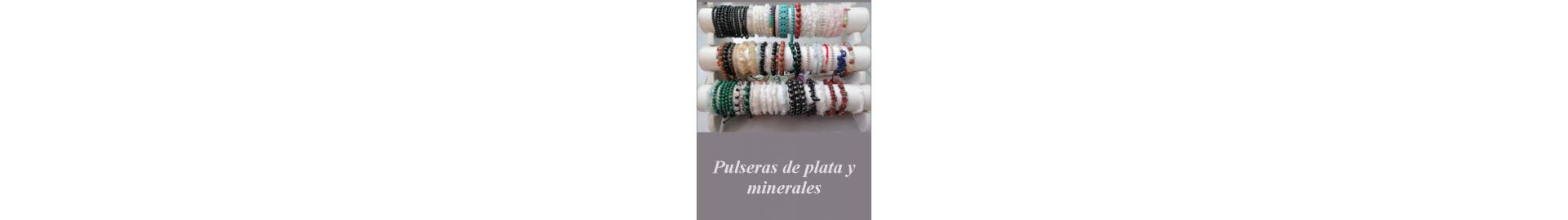 Pulseras de mineral y plata